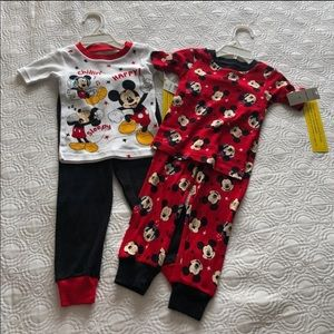 NWT Kids Disney  Mickey And The Roadster Racers